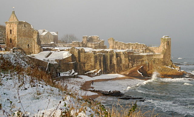 st-andrews-castle-winter